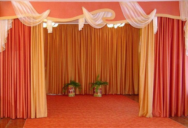 шторы в актовом зале