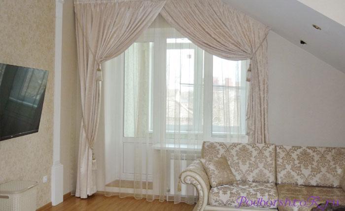Декорирование окна с балконной дверью