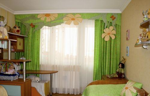 Зеленые шторы в детскую