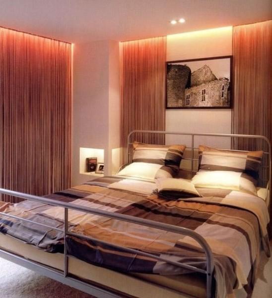 Оформление комнаты скрытой подсветкой