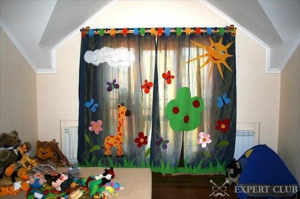 Декор штор в детской