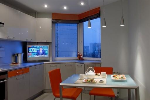 Эркер в небольшой кухне расширяет пространство
