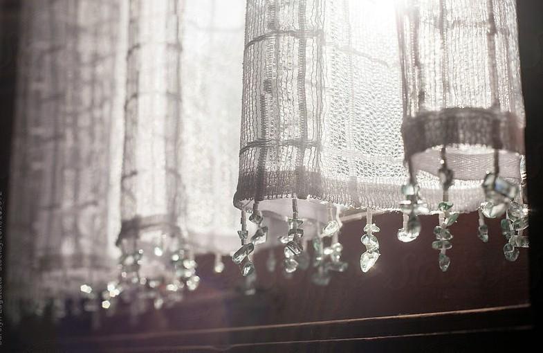 Как удлинить короткие шторы