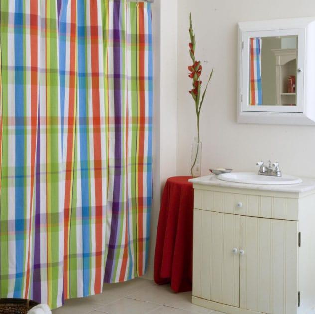 текстильные шторы в ванной