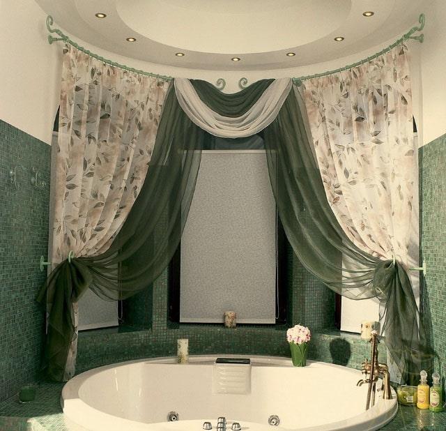текстильные шторы в интерьере ванной