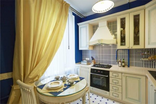 Белая кухня: выбор аксессуаров