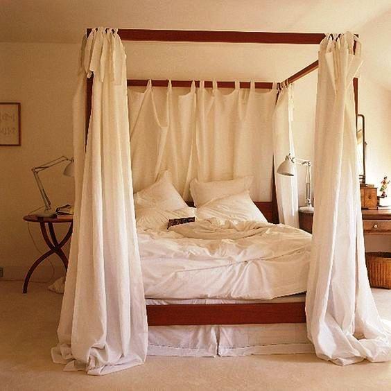 Балдахин над кроватью для взрослых