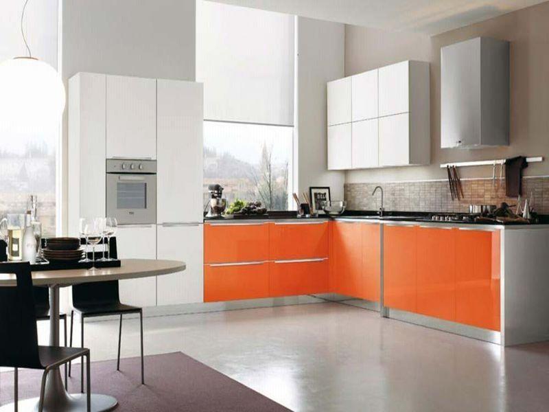 Оранжевый с белым. Цветовое решение