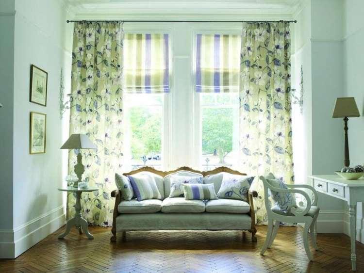 римские шторы в интерьере гостиной в стиле прованс