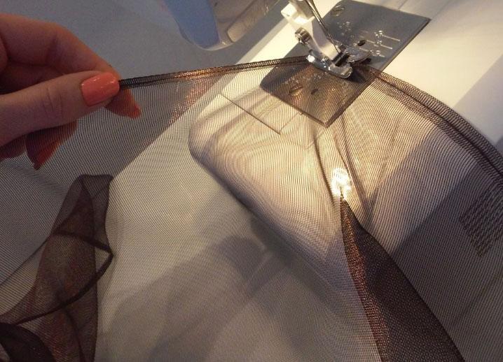 подшивка штор на машинке