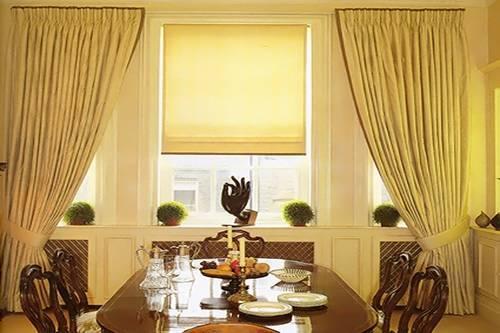 Раздельное использование штор и жалюзи в одной комнате