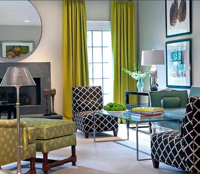 шторы зеленого цвета в гостиной