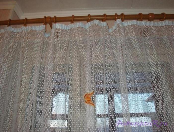 Тюль паутинка на окнах