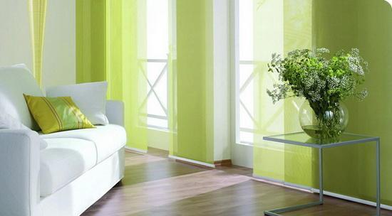 Панельные шторы светлозеленого цвета