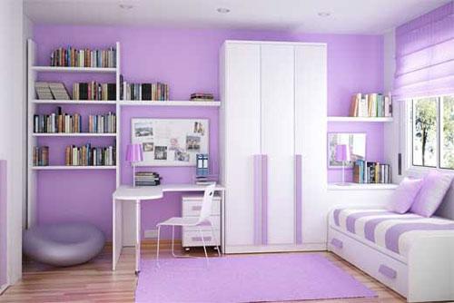 Обои в сиреневых тонах для стен в небольшой комнате