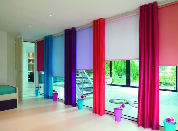 разные шторы на одном окне