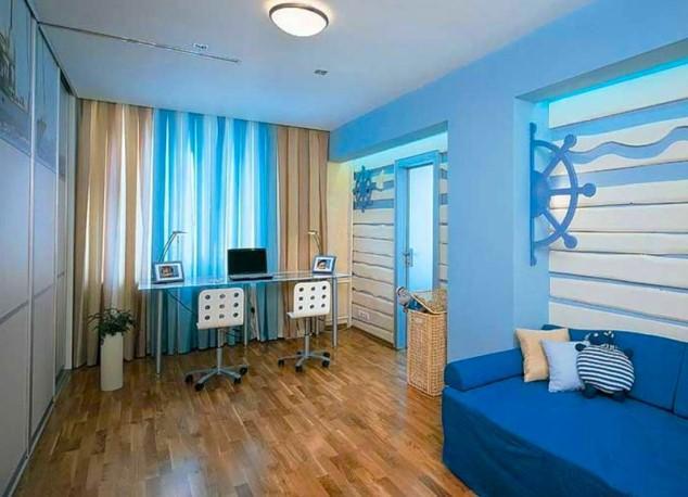 Комбинированные шторы в комнате для мальчика