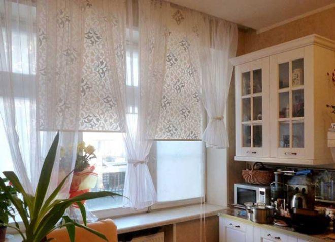 комбинированные шторы на кухню