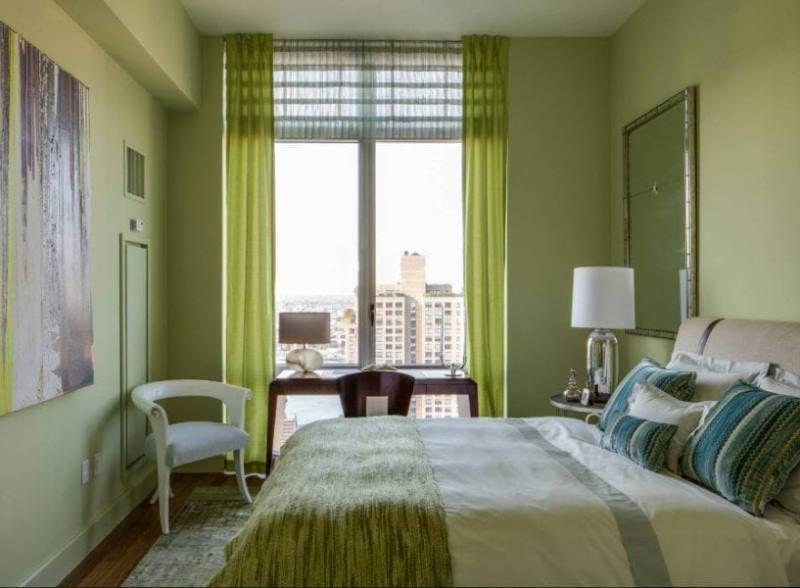 преобладание зеленого цвета в спальне
