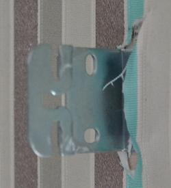 Крепление рулонной шторы к стене