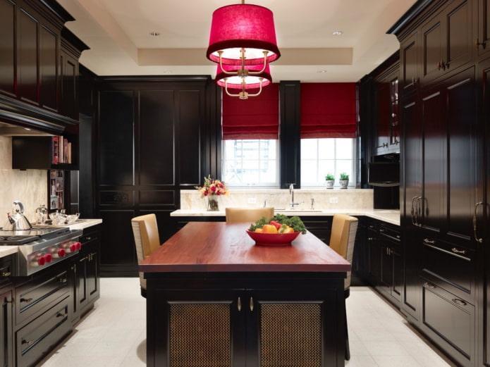 шторы в интерьере кухни в черных тонах