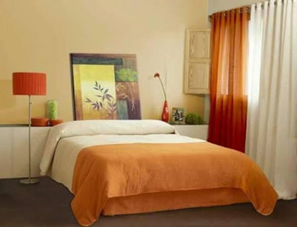шторы подбирают к обоям или к мебели