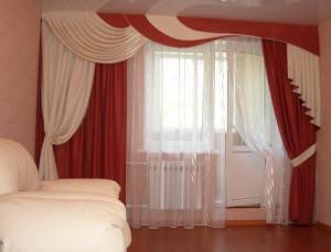 асимметричные шторы в гостиной
