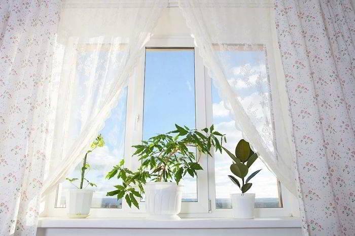 Как отбелить белые шторы